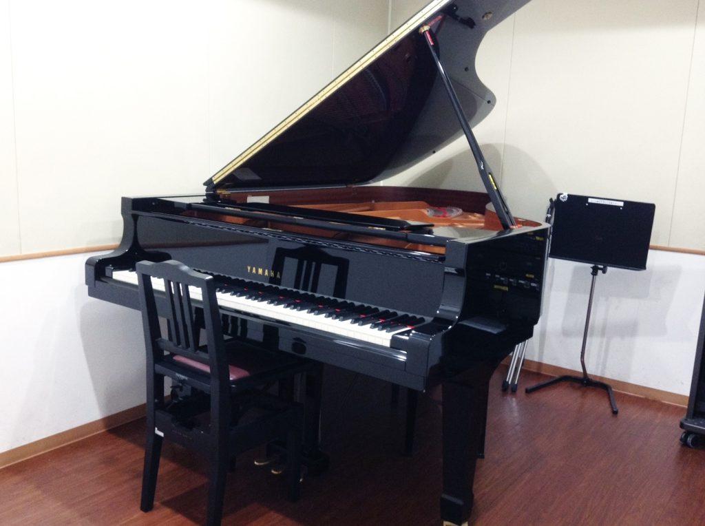 池袋ジャズピアノ